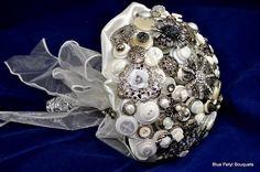 Blue Petyl – Antique SIlver Button Bouquet