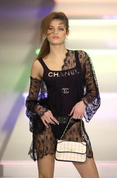 Chanel, Spring/Summer 2001 - Ready-to-Wear