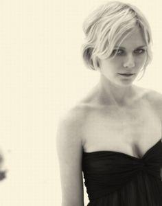Kirsten Dunst - fine hair