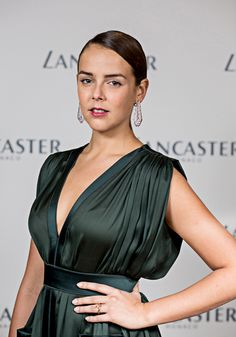 monacoprincelyfamily:  Pauline Ducruet attended a dinner gala party held last September 2014, in her honor of her role as the new ambassador for Lancaster brand. She was wearing the Boucheron Plume de Paon earrings.