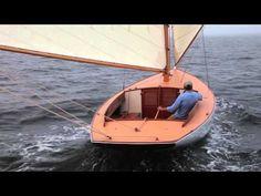 "Artisan Boatworks - ""Uncas"", Nathanael Herreshoff's Buzzards Bay 18 - YouTube"