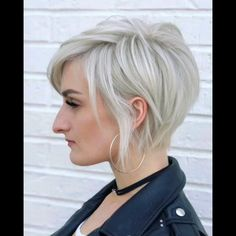 styles for women over 50 shorter fine hair PIXIE 360 BY Women Haircuts Long, Short Bob Hairstyles, Modern Haircuts, Short Haircut Thick Hair, Short Choppy Layered Haircuts, Short Funky Hairstyles, Long Pixie Haircuts, Reverse Bob Haircut, Women Pixie Haircut
