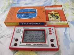 "Electronic game"" well, wait a minute"", 1984 release. My friend has such a game and the game is still in excellent working order. Here is, that means done in the USSR! Game & Watch, My Childhood Memories, Soviet Union, Vintage Home Decor, Fun Games, Old School, Toys, Inspiration, Tin Cans"