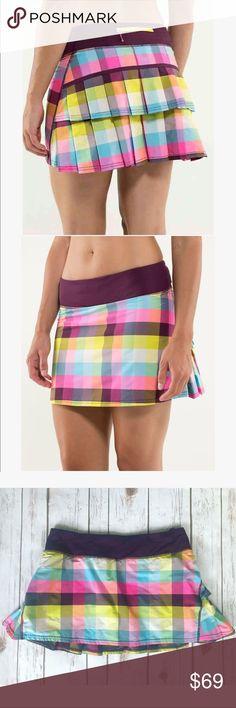 💗 Gorgeous Lululemon sport skirt 💗 💝 Absolutely gorgeous Lululemon sport skirt in size 6, colors are adorable so cute 💝 lululemon athletica Skirts Mini