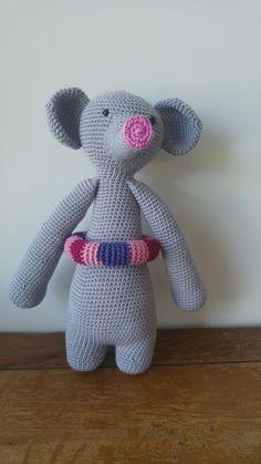 Crochet. 28cm