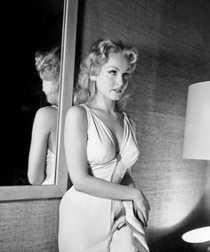 summers-in-hollywood: Julie Newmar, Photo. - Summers in Hollywood summers-in-hollywood: Julie Newmar, Photo. - Summers in Hollywood Vintage Hollywood, Hollywood Icons, Golden Age Of Hollywood, Hollywood Glamour, Hollywood Stars, Hollywood Actresses, Classic Hollywood, Actors & Actresses, Hollywood Celebrities