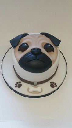 Pug cake by Louise Kennedy (Aboyne) Pug Cake, Cake Designs For Kids, Small Pug, Cake Lettering, Harry Birthday, Party Planning, Pugs, Party Time, Cake Decorating