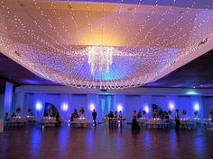 Proyecta Eventos- Wedding & Event Planner Barranquilla Colombia. Boda decoración techo mini luces. Cristohdez
