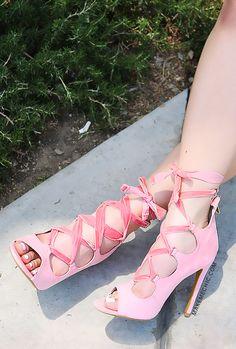 b7e9d51b1e17 12 Best Pink Baby Velvet images