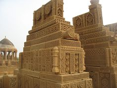 pakistans heritage chokandi graveyard near karachi Maldives, Sri Lanka, Pakistani Culture, Culture Art, Pakistan Zindabad, Indus Valley Civilization, Indian Architecture, Central Asia, Ancient Civilizations