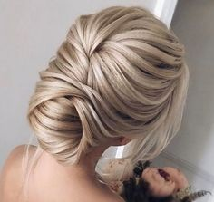 50 Updos for Long Hair 50 Beautiful Easy Updos For Trendy Long Haired Ladies Elegant Hairstyles, Bride Hairstyles, Curled Hairstyles, Summer Hairstyles, Hair Color 2018, Latest Hair Color, Hair 2018, Hair Junkie, Hair Up Styles