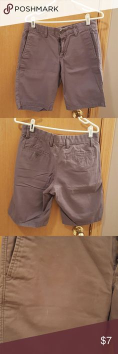 Guy's Gap grey shorts  ... size 30 Guy's Gap grey shorts in size 30. Great condition, but as shown in pict 3, there are 3 little white lines, they are hard to see so I did my best to get picture of it. Inseam 10 inches. GAP Shorts Flat Front