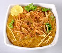 Beef Haleem - craving this so badly Indian Beef Recipes, Lentil Recipes, Asian Recipes, Healthy Recipes, Ethnic Recipes, Lamb Recipes, Pakistani Dishes, Indian Dishes, Indian Foods