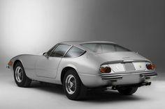 1968 Ferrari 365 GTB/4 Daytona ~ so ahead of the times...STILL a beauty