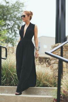 We have two beautiful looks featuring sleek accessories and flowing black outfits. Wonderful updates to the classic little black dress that we love.