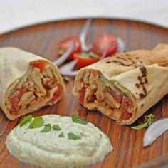 """""""Si te gusta el Shawarma, prepárate para probarlo con Dip Tziki.  #simple #delicious #creamy #healthy #mediterranean #dip #food #enjoy #eat #gourmet…"""""""