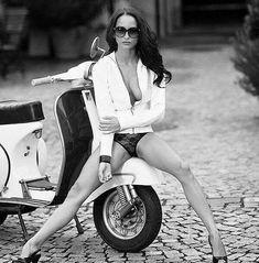 Vespa only.....ant the girl . . #Vespamodern #vespaclassic #vespamania #vespaholic #vespahobby #vespagram #kutucommunity #kutuvespa #vespajogja #jogja #vespaindonesia #vespasprint #justvespa #pride #nightride #rideordie SUPERSPRINT #vespaclub #vespasprint150 #lovevespa #sprintilansuper #sprinttilan #vespainsta #vespasprintveloce SPRINTilanSUPER #vespasprintindonesia #vespasprintbagol #sprint150 #supersprint Repost @pitsos1 by supersprint150