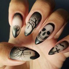 Halloween Acrylic Nails, Cute Halloween Nails, Halloween Nail Designs, Spooky Halloween, Cheap Halloween, Halloween Ideas, Halloween Coffin, Pretty Halloween, Halloween 2020