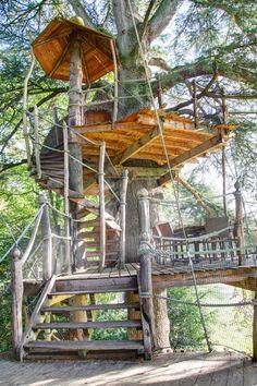 Cabane dans les arbres Tribu à 5 et 9 mètres pour 11 personnes,  Domaine des Ormes, Bretagne
