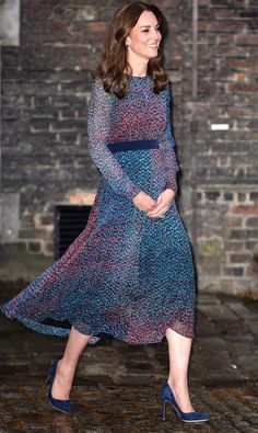 PRINCESS KATE in a long-sleeve blue printed L.K. Bennett midi dress, plus matching pumps and a pendant necklace, at dinner with the Obamas at Kensington Palace.
