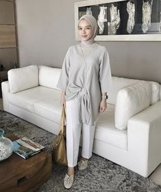 68 Ideas For Style Hijab Casual Formal Modern Hijab Fashion, Street Hijab Fashion, Hijab Fashion Inspiration, Muslim Fashion, Modest Fashion, Fashion Outfits, Modest Outfits, Simple Outfits, Classy Outfits
