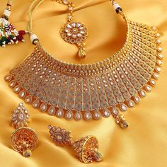Sukkhi Exclusive Gold Plated Wedding Jewellery Kundan Choker Necklace Set For Women Women's Jewelry Sets, Jewelry Design Earrings, Girls Jewelry, Indian Bridal Jewelry Sets, Indian Jewelry, Wedding Jewelry, Bridal Jewellery, Trendy Fashion Jewelry, Gold Fashion