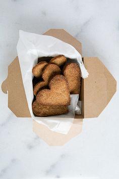 ... gf & vegan vanilla cookies ...