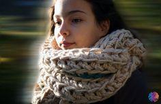 crochet infinity scarf at BeWool - #bewool - www.bewool.de