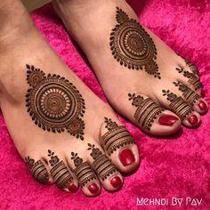 Pretty Henna Designs, Mehndi Designs Feet, Henna Art Designs, Mehndi Designs 2018, Mehndi Designs For Fingers, Dulhan Mehndi Designs, Mehendi, Leg Mehndi, Latest Arabic Mehndi Designs