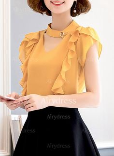 """""""Camisas y Blusas"""" ~~Rosario Contreras~~ Girls Fashion Clothes, Girl Fashion, Girl Outfits, Fashion Dresses, Clothes For Women, Womens Fashion, Fashion Design, Indian Fashion Trends, Korean Fashion"""
