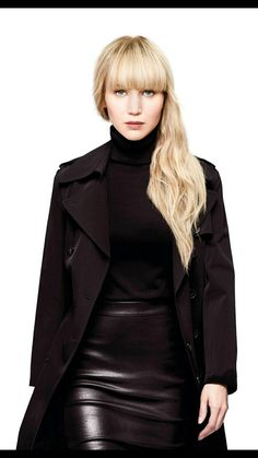 jennifer lawrence outfits best outfits - Page 8 of 101 - Celebrity Style and Fashion Trends Jennifer Lawrence Bangs, Jennifer Lawrence Red Sparrow, Jennifer Lawrence Images, Hippie Look, Fashion Cover, Work Fashion, Women's Fashion, Atomic Blonde Outfits, Jeniffer Lawrance
