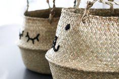 { Un salon boho chic aux accents chaleureux - Tandem & co- Tandem, Salon Boho Chic, Belly Basket, Wooden Poles, Basket Bag, Decoration, Bean Bag Chair, Straw Bag, Wicker