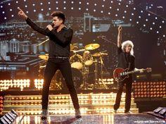 Brian May & Adam Lambert at iHeartRadio Music Festival Las Vegas. Click to view full size image | Source: adam-pictures.com