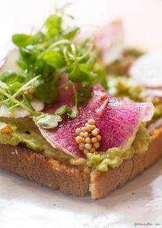 At Navy restaurant, New York City, avocado toast, recipe / Garance Doré