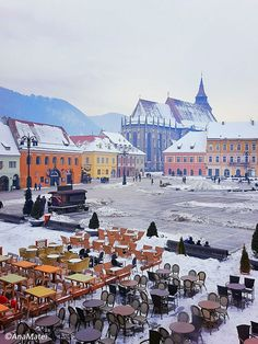 Looking for a winter fairy tale destination in Europe? Then you must visit Brașov, Romania. Read the complete travel guide to Brașov, winter magic included Winter Fairy, Winter Magic, Stuff To Do, Things To Do, Brasov Romania, Travel Guide, Fairy Tales, Cities, Places To Go