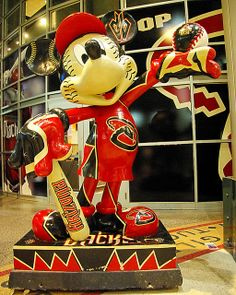 MLB 2010 All-Star Game - Arizona Diamondbacks Mickey Mouse Statue by Al_HikesAZ, via Flickr