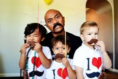 I Heart Moustaches Birthday Party via @spaceshipslb