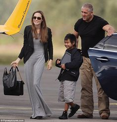 angelina jolie pat o'brien   Lucky boy: Angelina Jolie took her oldest child Maddox to Blackbushe ...
