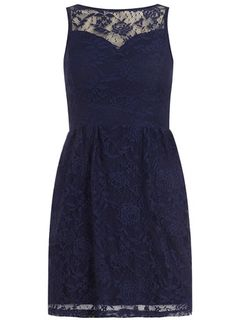 Petite lace sweetheart dress - i want this to be my graduation dress!:)
