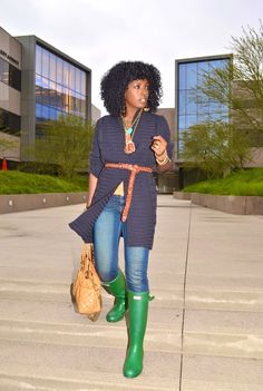 iMyne Fashion: Zappos Appreciation | Style Pantry. Green hunter rain boots. How to wear rain boots. Hunter rain boots outfit idea. Rainy day outfit idea. Fashion inspiration. Closet essentials.