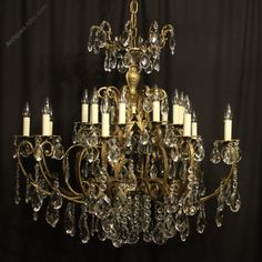 Antiques Atlas - Italian Gilt & Crystal 20 Light Antique Chandelier Italian Chandelier, Antique Chandelier, Antique Lighting, Faceted Crystal, Crystal Pendant, Ceiling Rose, Ceiling Lights, Acanthus, Bird Cage