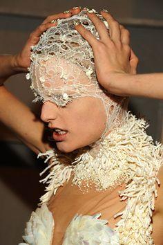 Alexander McQueen #fashion #backstage #details