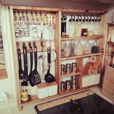 New diy kitchen ikea 37 ideas Kitchen Shelves, Kitchen Tiles, Kitchen Countertops, Diy Kitchen, Kitchen Storage, Kitchen Decor, Diy Interior, Interior Design Living Room, Mason Jar Kitchen