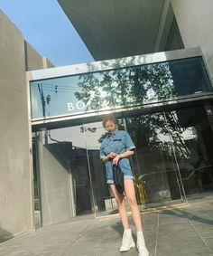 Boyfriend Names, Hyuna, Girl Group, Louvre, Building, Instagram Posts, Korea, Kpop, Style