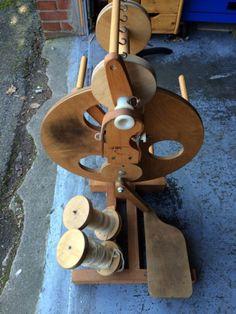 a moderne spinnr der modern spinning wheel on pinterest. Black Bedroom Furniture Sets. Home Design Ideas