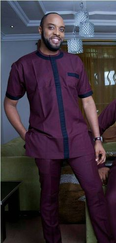 An amazing African handmade clothes. Available in all sizes. If you have any questions, please contact me for clarification. African Wear Styles For Men, African Shirts For Men, African Clothing For Men, Couples African Outfits, African Dresses Men, African Attire, Nigerian Men Fashion, African Men Fashion, Latest African Fashion Dresses