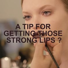 How to get the perfect ultra-glossy Poison Lips in 3 steps @peterphilipsmakeup #rougedior Poison 962 #shinedontbeshy