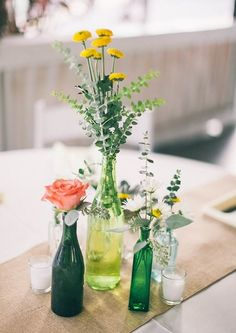 FIANCEE-BODAS-ABRIL-BODAS-IDEAS-DECORACION-DE-BODAS-CON-BOTELLAS-1D1.jpg (580×820)