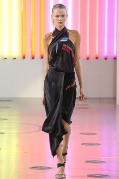 Preen by Thornton Bregazzi Spring 2015 Ready-to-Wear - Collection - Gallery - Look 4 - Style.com