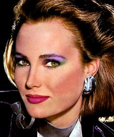 How to get awesome & authentic on-trend eye makeup, like multicolored eyeshadow – Click Americana - Top-Trends 1980s Makeup And Hair, 80s Eye Makeup, 1980 Makeup, Glam Rock Makeup, 80s Makeup Looks, Simple Eye Makeup, Makeup For Green Eyes, Makeup Eyeshadow, Smokey Eyeshadow